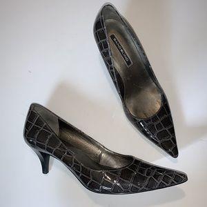 Bandolino Dark Gray Croc Design BDBERRY Heels 9.5
